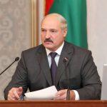 Жириновский предложил Лукашенко передать власть «ну хотя бы сыну»